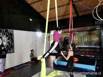 Jóvenes de Puerto Aysén participan en talleres gratuitos de arte circense - Radio Santa Maria