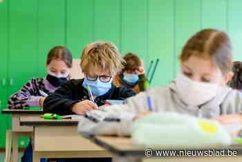 Amper één leerkracht test negatief, Binnenhof nog dicht tot na Hemelvaart, ook andere afdeling met 351 leerlingen in quarantaine - Het Nieuwsblad