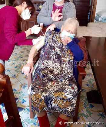 BACOLI/ Nonna Maria si vaccina a 101 anni contro il Covid-19 - Cronaca Flegrea