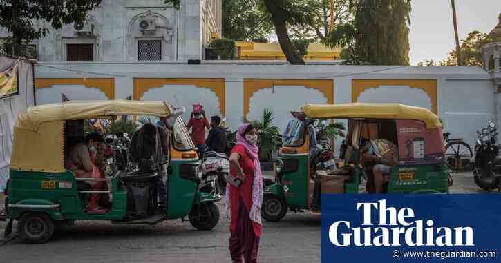 'Like living in a horror film': UK doctors raise Covid funds for India