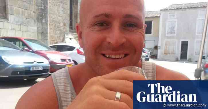 Police watchdog threatened with legal action over inquiry into man's death