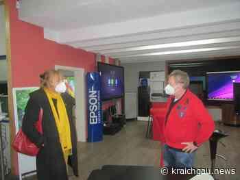 Besuch von Andrea Schwarz MDL bei der Firma Visucom Walzbachtal - Region - kraichgau.news