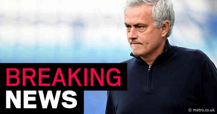 Jose Mourinho agrees deal to join Roma after Tottenham sacking