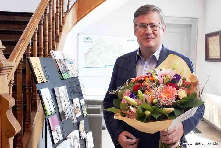 Kruisem is de 100ste gemeente die aangesloten is op Mijn Burgerprofiel: Felicitaties van Jambon en bloemen voor burgemeester