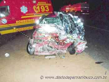 Acidente entre carro e caminhão deixa um morto em Pesqueira, no Agreste do estado - Diário de Pernambuco