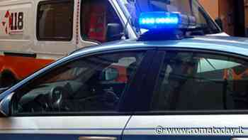Poliziotto pestato davanti ad un bar da gruppo di giovani, aveva difeso la titolare del locale