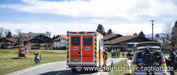 Biker stürzt am Ortseingang von Seebruck - Traunsteiner Tagblatt