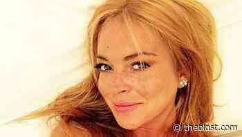 Lindsay Lohan Spreads Kindness From Arabian Desert 5/2/2021 - TheBlast