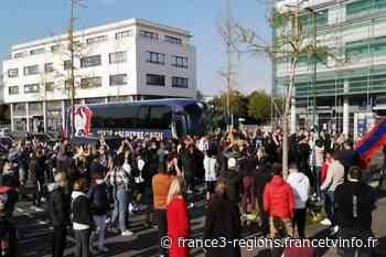 Ligue 2 : Le Stade Malherbe de Caen résiste face à l'AJ Auxerre, au Havre le HAC cède devant le FC Chambly - France 3 Régions