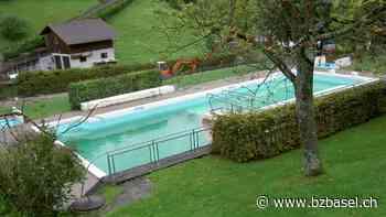 Schäden - Risse im Beton: Reparatur im Schwimmbad von Waldenburg verzögert sich | bz Basel - Basellandschaftliche Zeitung