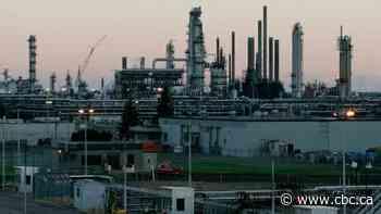 Imperial Oil shareholders defeat shareholder motion to set net-zero emission target