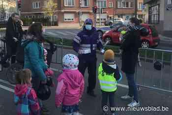 Kinderen en ouders Unescoschool vieren twee jaar schoolstraa... (Koekelberg) - Het Nieuwsblad