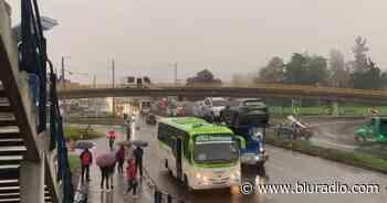 Reabren la vía en El Rosal, occidente de Bogotá, bloqueada por paro nacional - Blu Radio