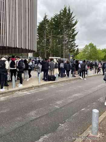 Corbeil-Essonnes : blocus au lycée Robert-Doisneau contre les examens en présentiel - Le Parisien