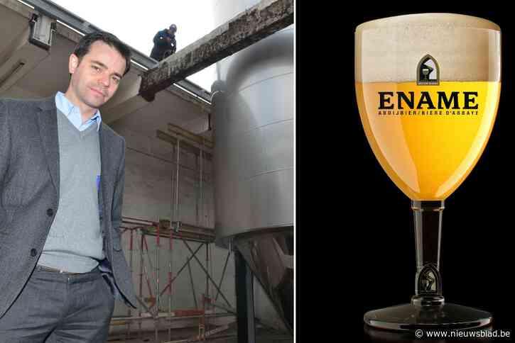 """Brouwerij Roman viert 30 jaar abdijbier Ename met nieuw glas: """"Grote ronde opening laat alle aroma's vrij"""""""
