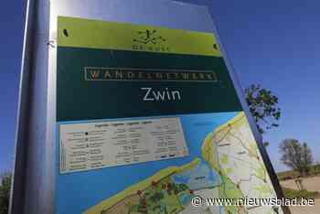 Gidsen staan paraat tijdens internationale trekvogeldagen in Zwin