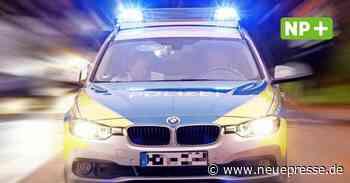 Burgwedel: Unfallflucht: Polizei findet verräterische rote Farbreste an beschädigtem Auto - Neue Presse
