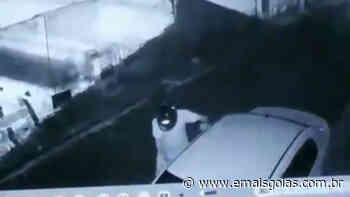 Guarda Municipal prende suspeito de tentar furtar carro em Rio Verde; vídeo - Mais Goiás