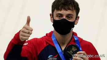 Fina World Cup: Tom Daley wins second gold in Tokyo