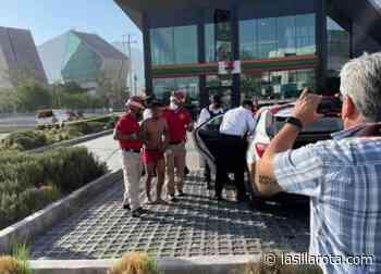 Dos sujetos intentan lanzarse en Monterrey y Guadalupe; ambos fueron sometidos - La Silla Rota