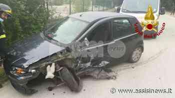 Auto contro camion a Ferriera di Torgiano, un ferito in ospedale - Assisi News