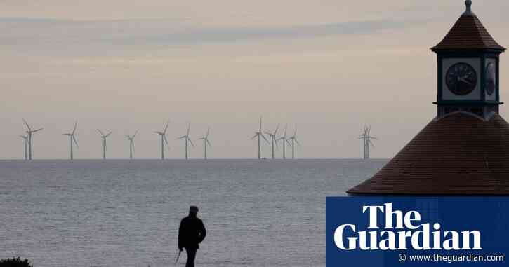 Blustery bank holiday helps windfarms set new clean energy record
