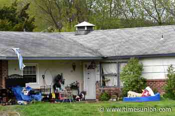 Retired firefighter rents Saratoga units that allegedly violate fire code