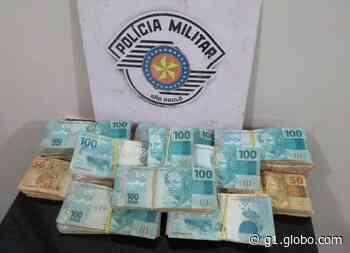 Homem é preso em rodovia de Itatinga com cerca de R$ 85 mil em dinheiro dentro de carro - G1
