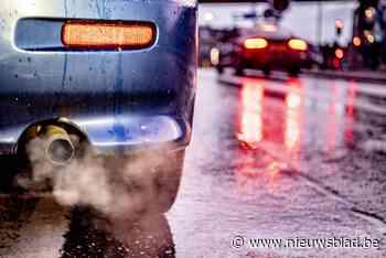 'Knalpotterreur' houdt bewoners uit hun slaap: auto's scheur... (Gent) - Het Nieuwsblad