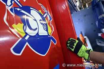 Vrachtwagen vat vuur op terrein van Sevesobedrijf (Evergem) - Het Nieuwsblad