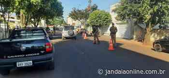 Polícia Militar fiscaliza veículos no centro de Jandaia do Sul - Jandaia Online