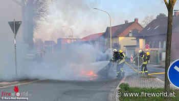 D: Autobrand nahe der Feuerwache in Horn-Bad Meinberg - Fireworld.at