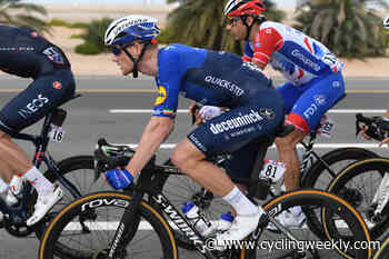 Sam Bennett sprints to stage one victory at Volta ao Algarve 2021 after yet another perfect lead-out