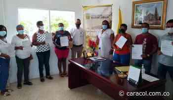 14 nuevas familias son propietarias legales de sus predios en María La Baja - Caracol Radio