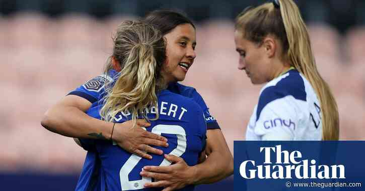 Chelsea on verge of WSL title after Sam Kerr's double sinks Tottenham puts