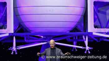 Raumfahrt: Firma von Jeff Bezos kündigt ersten All-Flug an