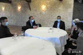 Élections régionales en Gironde : à Podensac, Florent Boudié rencontre des viticulteurs des Graves - actu.fr