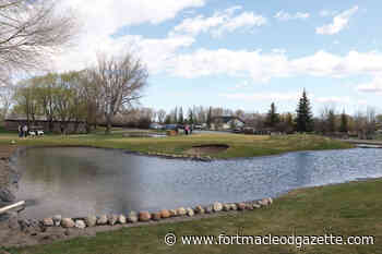 New ponds beautify Fort Macleod golf course, create 9th hole challenge - Macleod Gazette Online