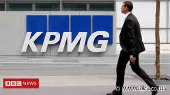 KPMG's 16,000 UK staff to get more time off work
