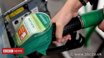 Asda owners to sell 27 forecourts to avoid probe