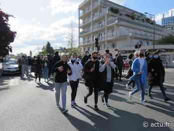 A Meaux, les lycéens manifestent contre le maintien des épreuves du Bac en présentiel - La Marne