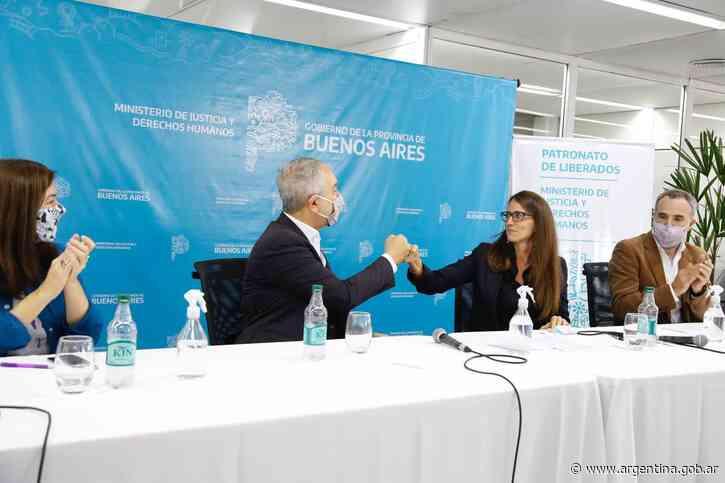 Gómez Alcorta firmó convenios con la Universidad Nacional de La Plata, participó de la presentación de Nuevas Masculinidades del Patronato de Liberados, se reunió con mujeres privadas de su libertad y con integrantes de Escuelas de Feminismo Popular