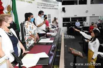 Rinde protesta Iris Arcelia Ulloa como nueva integrante del Comité de Participación Ciudadana del SEA - XeVT 104.1 FM   Telereportaje