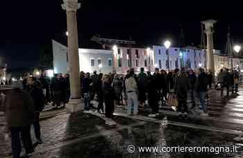 «No al coprifuoco»: a Cesenatico la protesta è anticipata a giovedì alle 21 - Corriere Romagna