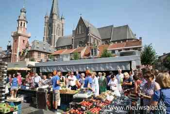 Donderdagmarkt schuift op door grotere terrassen (Eeklo) - Het Nieuwsblad