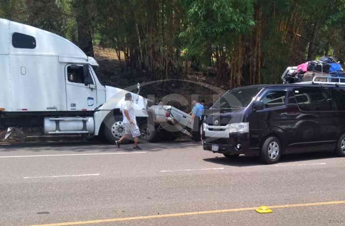 "¡Tres heridos! Rastra ""endemoniada"" embiste pickup en La Guama, Santa Cruz de Yojoa - hch.tv"