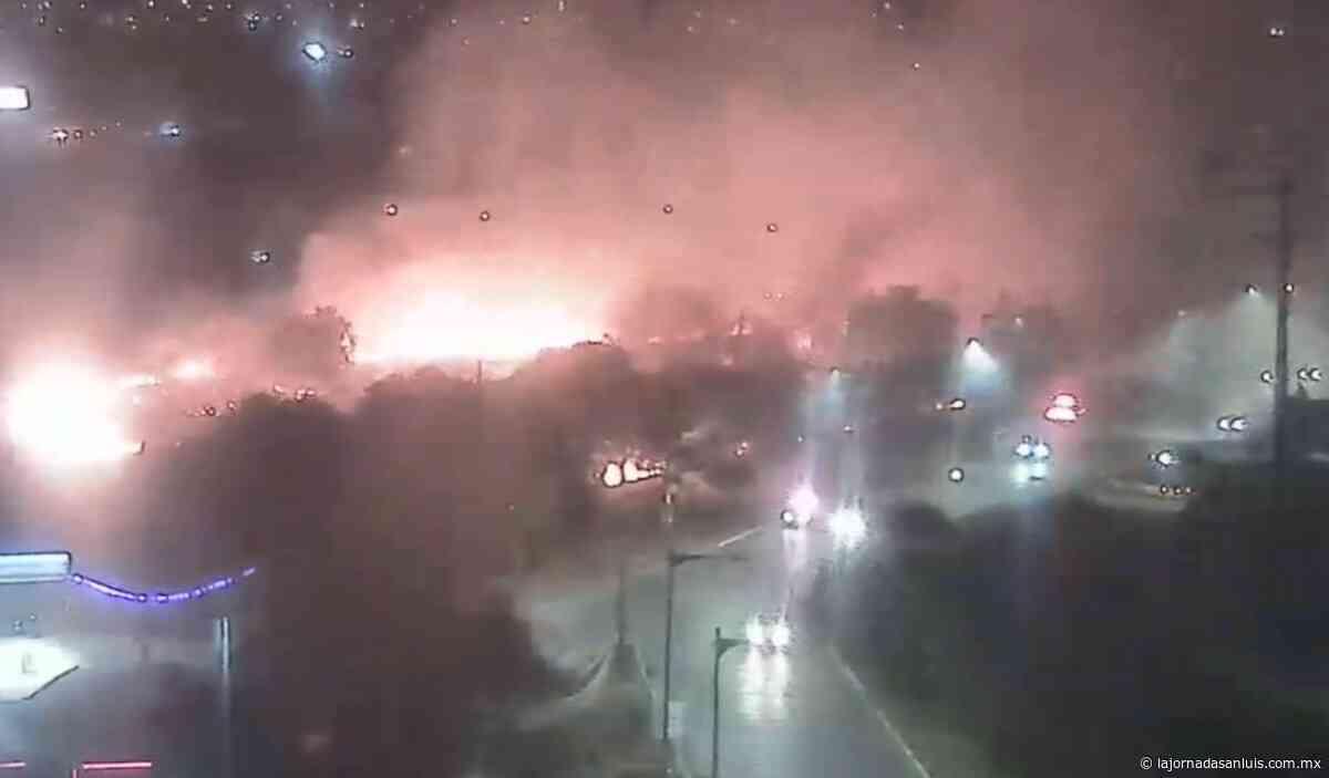 Causa alarma incendio de lote baldío cerca de plaza El Dorado - La Jornada San Luis