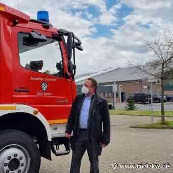 FW Xanten: Abbiegeassistenten für die Einsatzfahrzeuge der Freiwilligen Feuerwehr Xanten - Radio K.W.