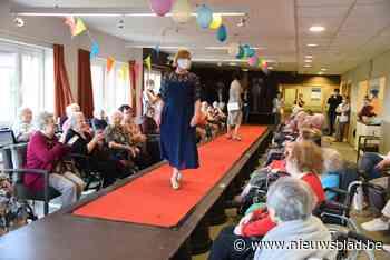 Modeshow voor bewoners woonzorgcentrum<BR />