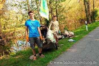Schafskopf und Staubsauger, Fässer und Fahrräder finden zwei Jugendliche am Tuniberg - Gottenheim - Badische Zeitung